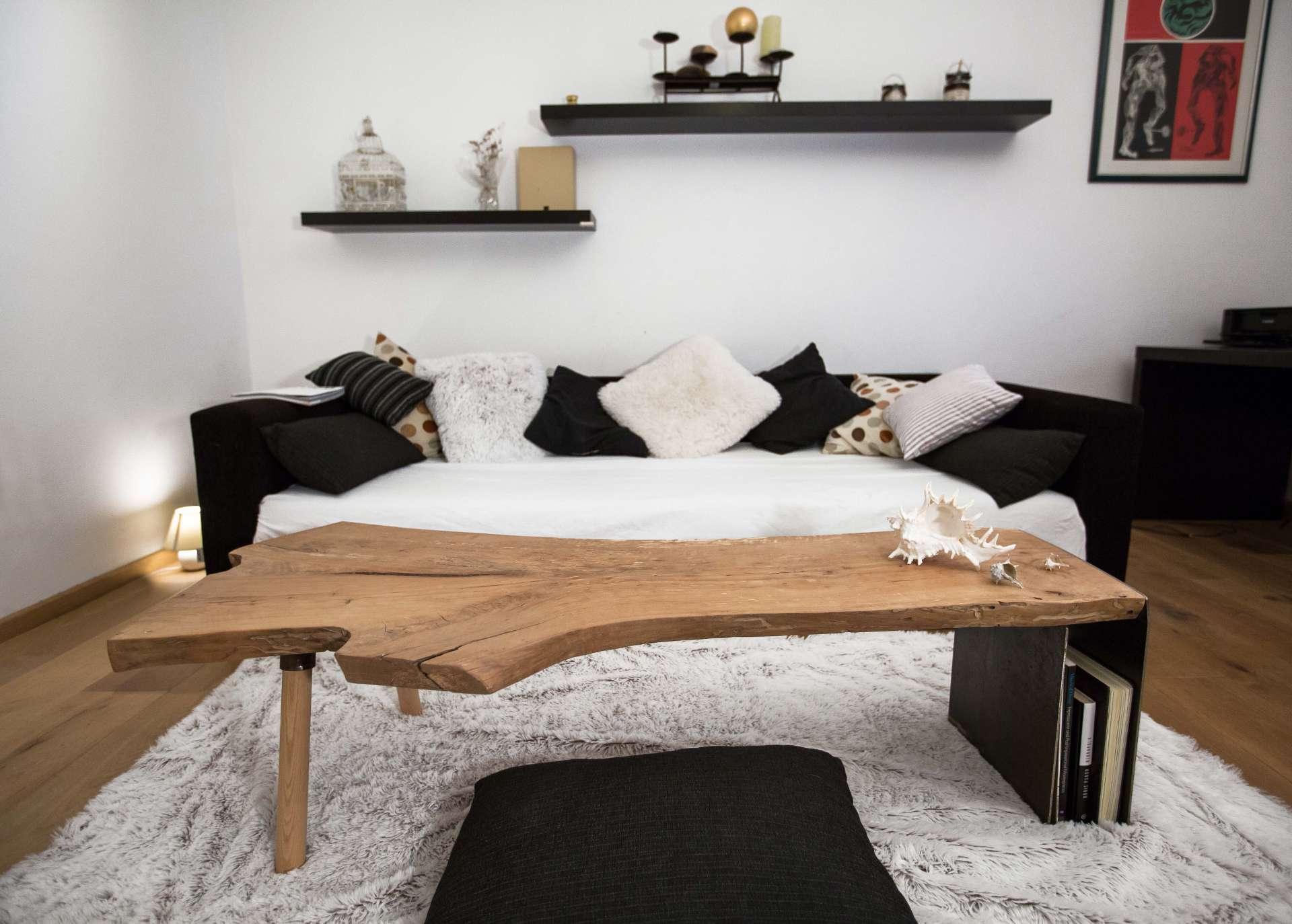 Pear wood coffee table · Logotowood